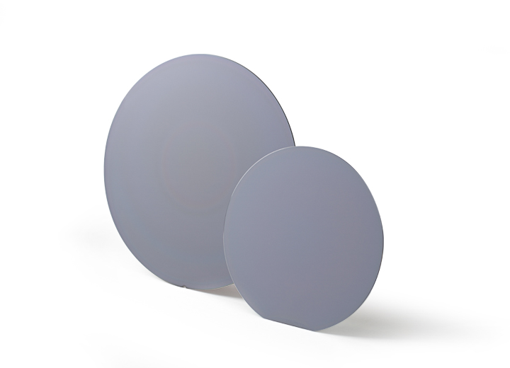 Semiconductor wafers made with technical ceramics.
