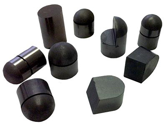 Polycrystalline diamond compact (PDC) displacer bits made with technical ceramics for oil and gas drilling.